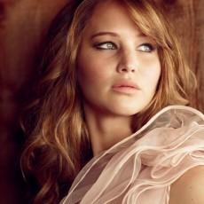 Jennifer Lawrence em ensaio fotográfico para revista Glamour