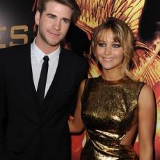 Jennifer Lawrence e Liam Hemsworth na premiere de Jogos Vorazes