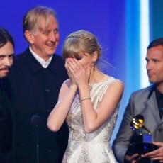 Os compositores de Safe and Sound no Grammy de 2013