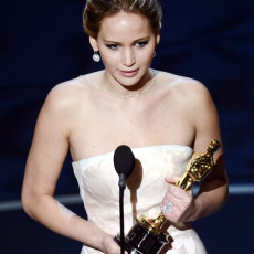 Jennifer Lawrence no palco do Oscar