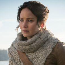 Jennifer Lawrence como Katniss em Em Chamas