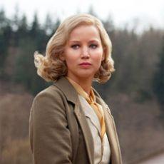 Jennifer Lawrence em Serena