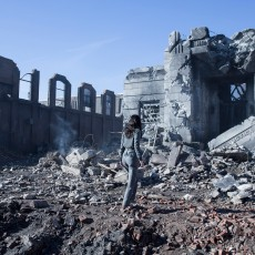 Katniss no Distrito 12 destruído em A Esperança: Parte 1